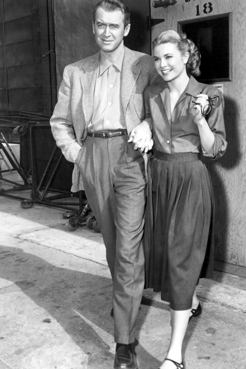 voxsart:      American Casual.      Jimmy Stewart and Grace Kelly, 1954.  (Source: voxsart, via meinthefifties)
